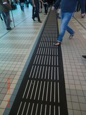 Tactile guideways mats <br> for temporary use